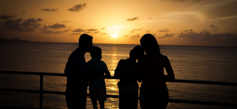 family-4800588_1280